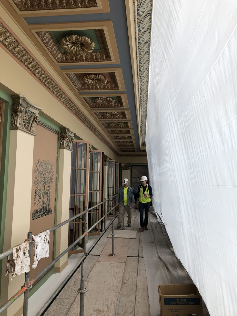 decorative finishing of ornamental plaster