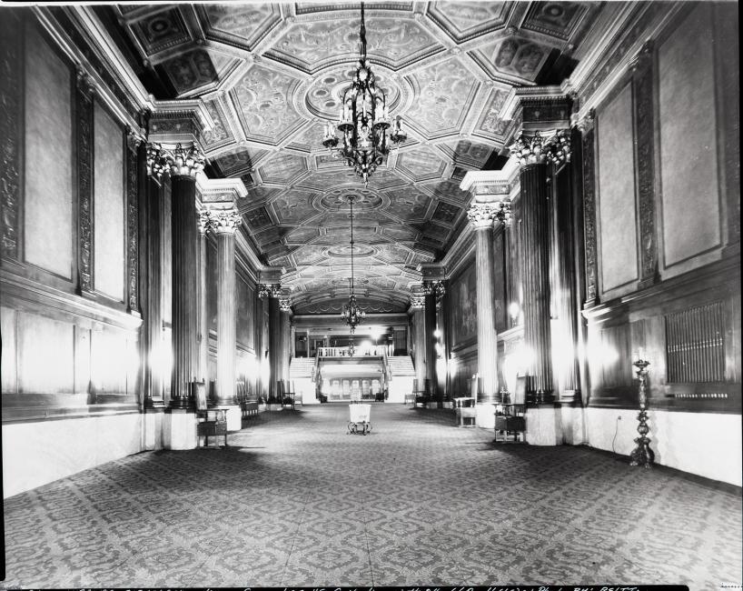historic photograph of the Ohio Theatre