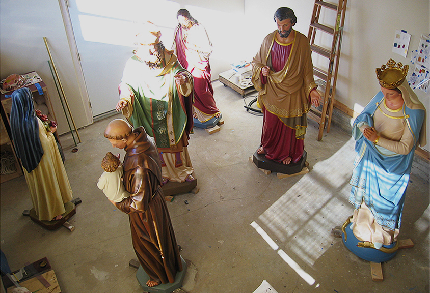 liturgical statuary during conservation treatments