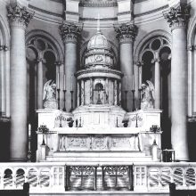 historic photograph of the original alter design