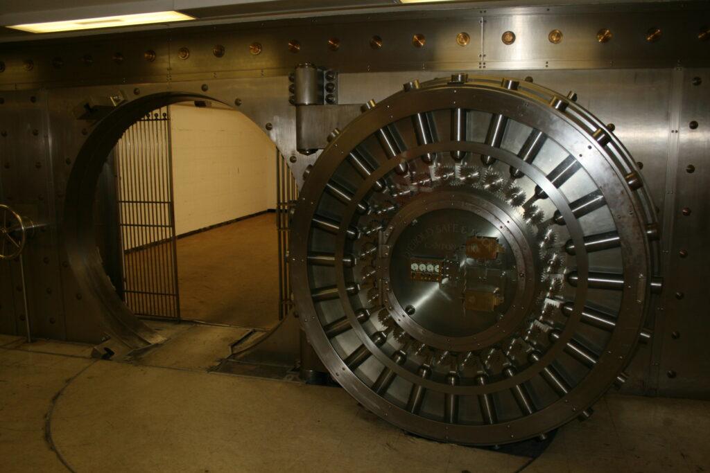 Vault Door metal conservation